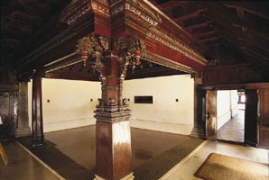 www.ayurveda-india.it:  padmanabhapuram palace